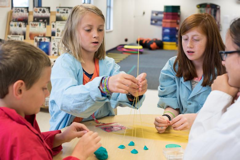 Atraer a las niñas a la ciencia a través del juego