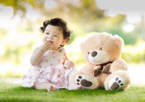 Estimular bebe con juguetes