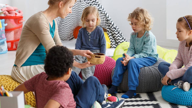 Juegos de cartas divertidos para niños y niñas